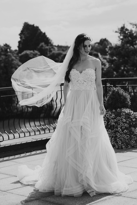 essex bride magazine shoot - stoke- by-nayland hotel